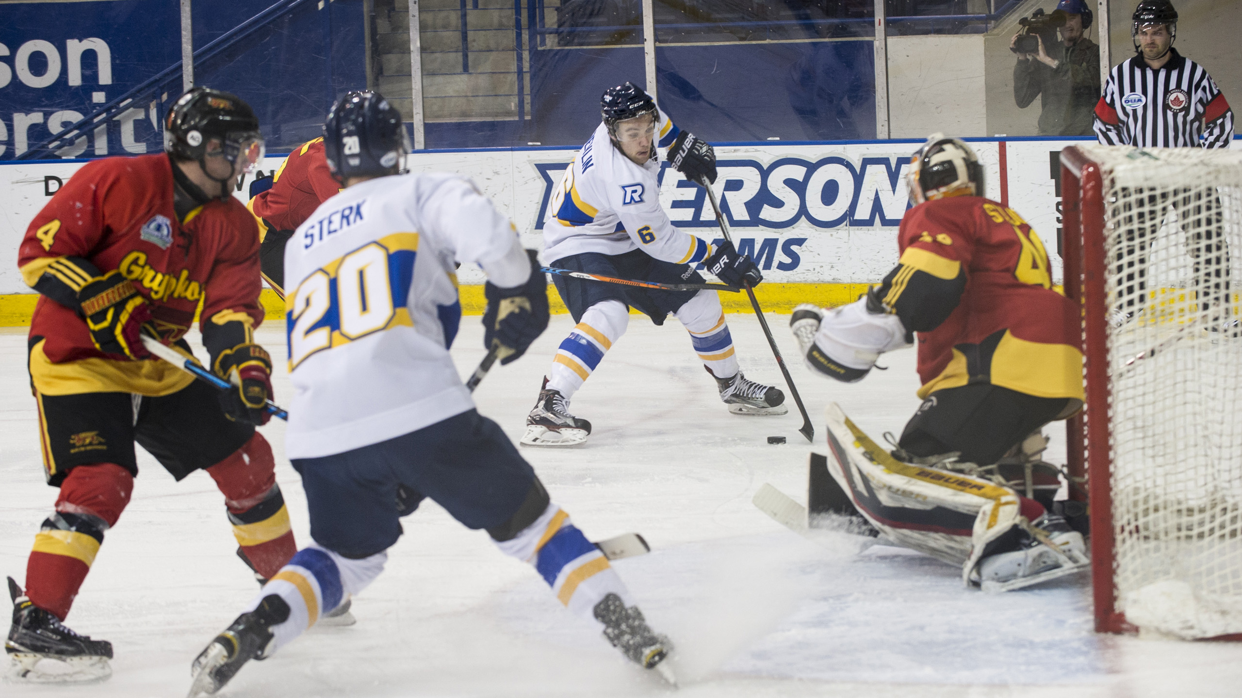 MensHockey6_Feb7_AndrejIvanov