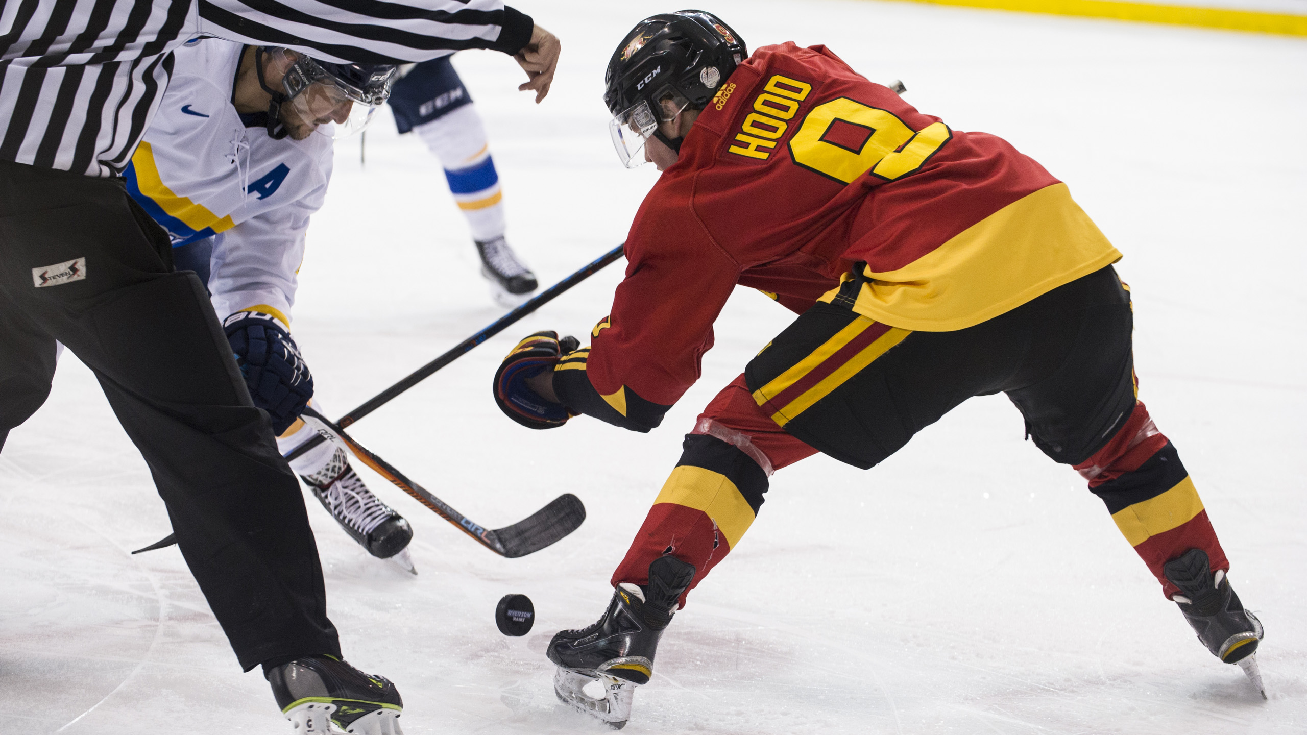 MensHockey8_Feb7_AndrejIvanov
