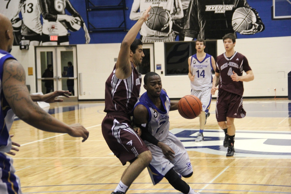 Still perfect: Rams beat 10th-ranked Gee-Gees