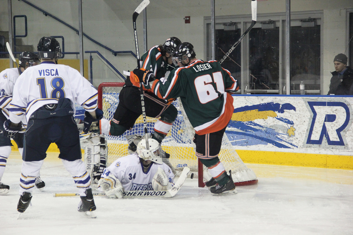 UQTR wins, Rams trail 1-0 in playoff series