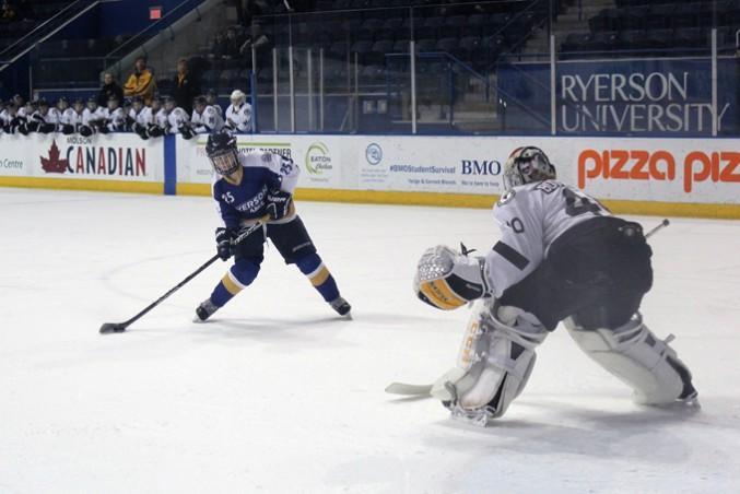 WomensHockey1-ChrisBlanchette