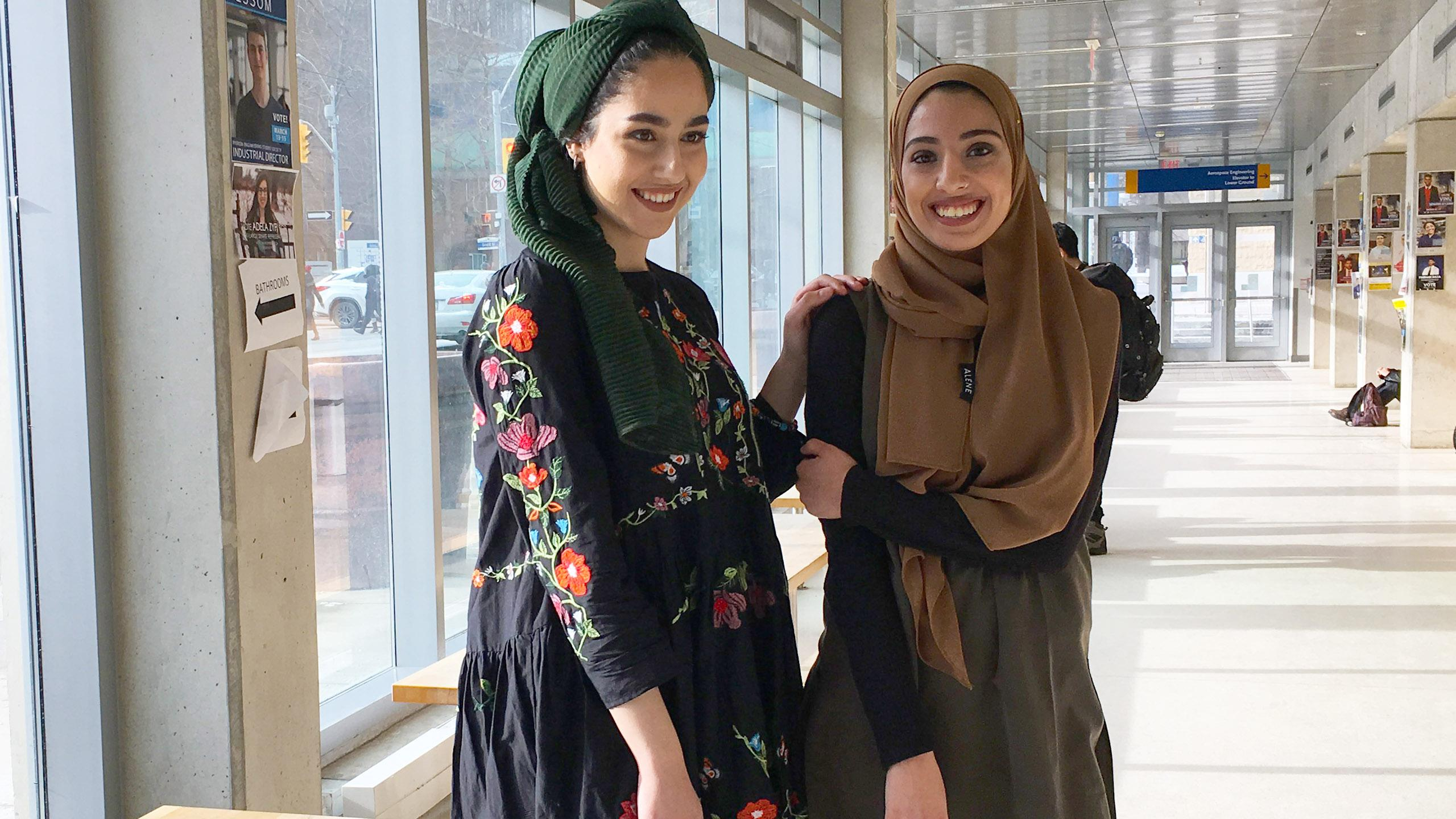 Incorporating The Hijab Into The Everyday Youtubers Visit Ryerson Fashion Program The Eyeopener