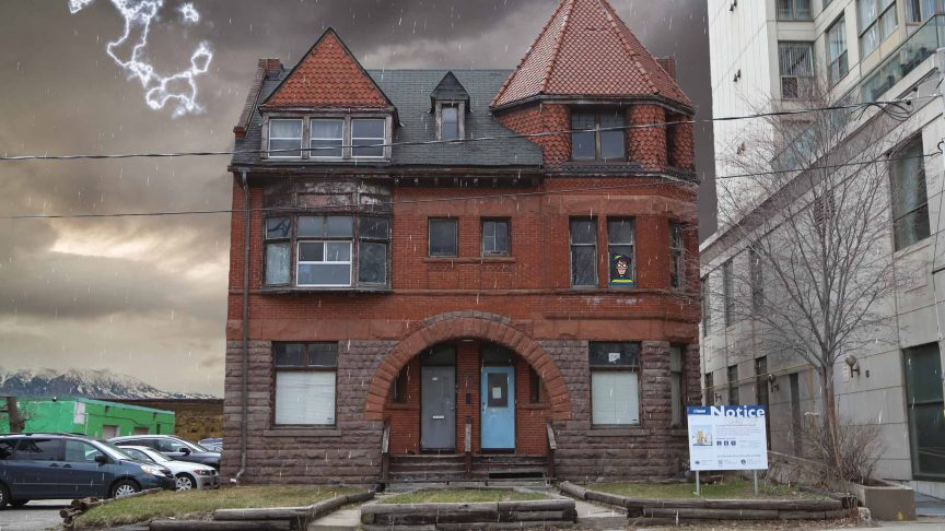 A large Toronto house that is haunted.